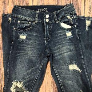 Rue 21 size 7 skinny jeans